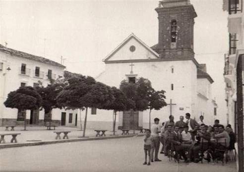 Foto antigua de la parroquia